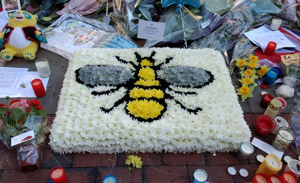 manchester bee memorial