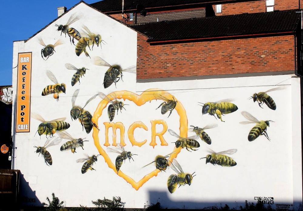 manchester bees streetart